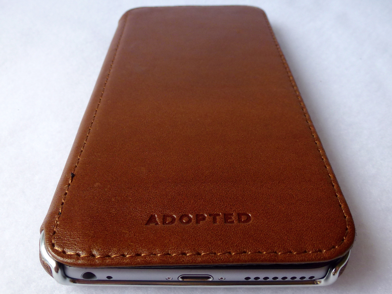 newest cf982 43adb Adopted Saddle Leather Folio for iPhone 6 Plus: Luxurious and ...